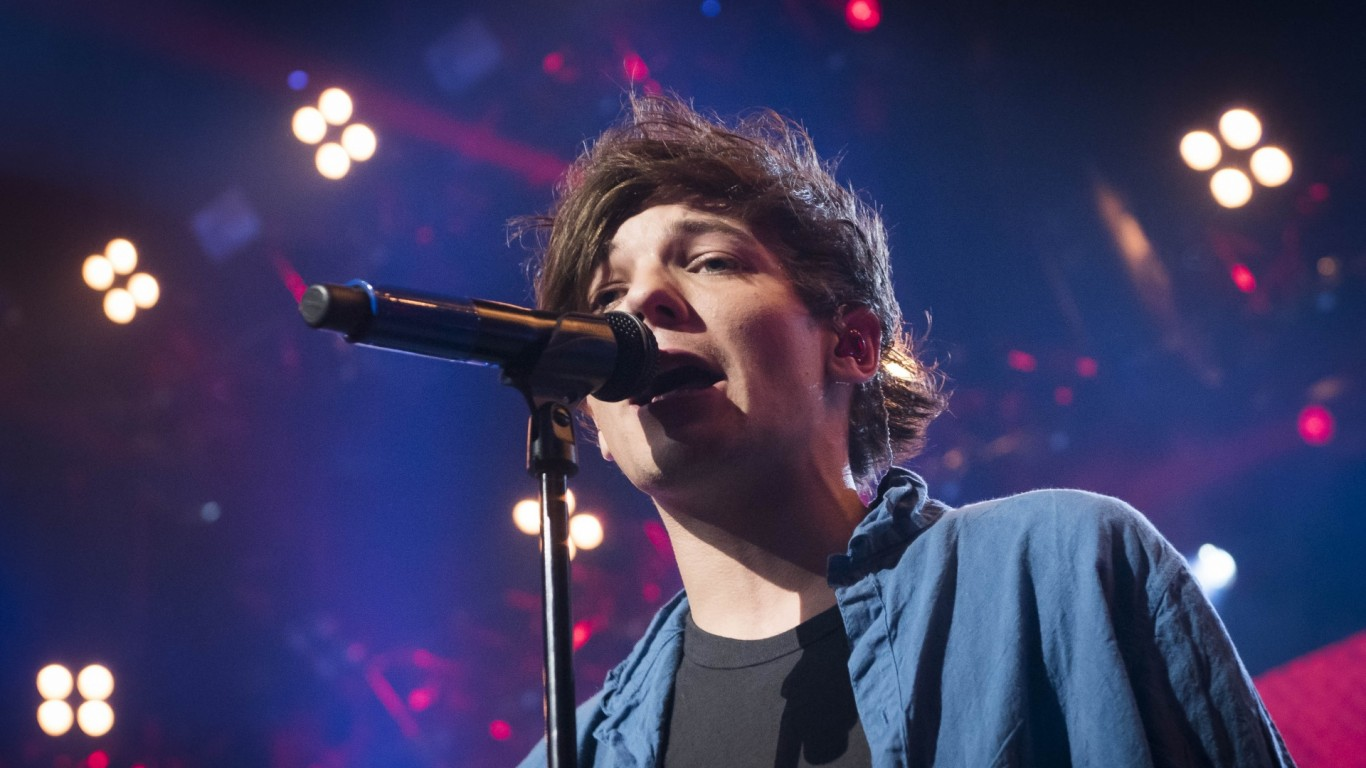 Louis Tomlinson gives son a very rock star-worthy name!