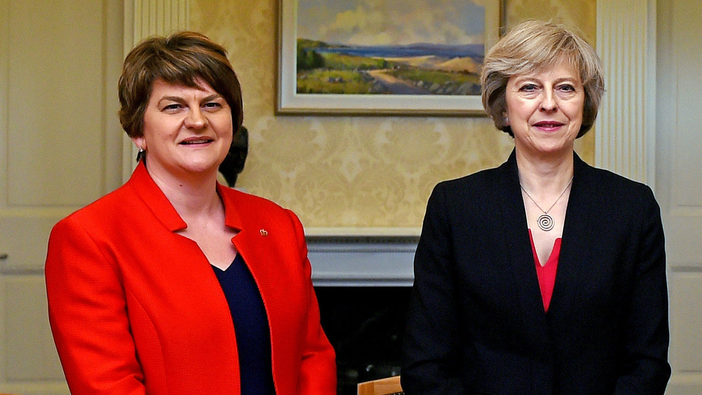 Irish, British PMs to meet to talk Brexit, Northern Ireland crisis